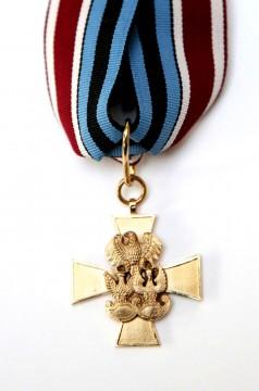 Złoty Krzyż Związku Weteranów i Rezerwistów WP