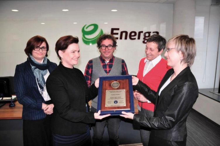 """zdjęcie z Wręczenia Tabletu """"Czyniącym dobro"""" Fundacji Energa"""