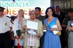 Wręczenie Krzyża Grunwaldu prezesowi Fundacji Stanisławowi Kowalskiemu fot.1